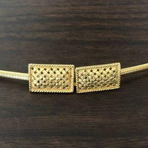 Vintage skinny metal stretch belt